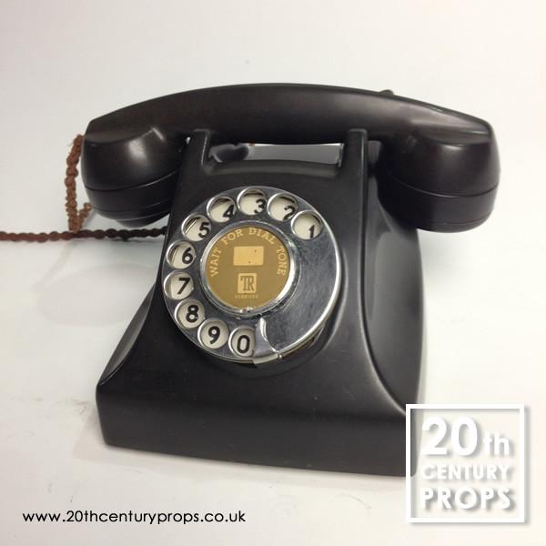 1: Vintage bakelite telephone