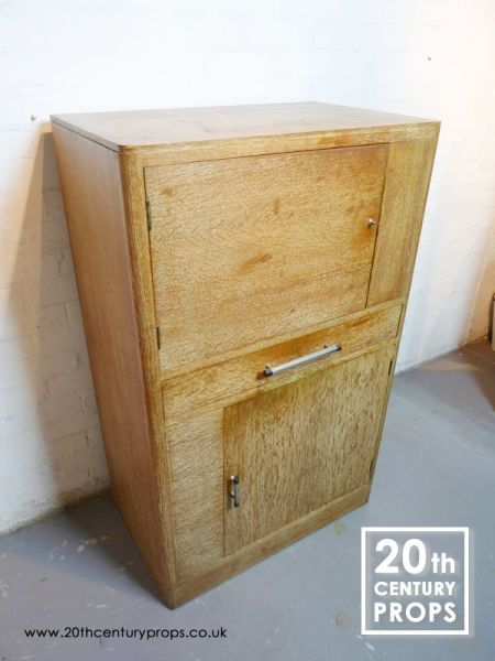 1: Oak storage unit