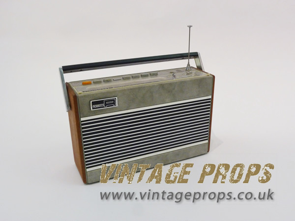 1: Roberts vintage radio