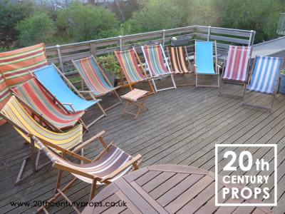 Vintage deck chairs & wind break