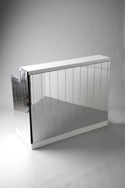 Mirrored DJ Booth - White