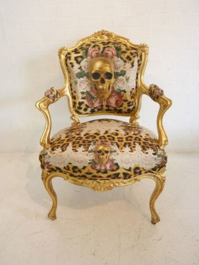 Decorative baroque chair - Gold