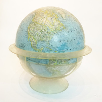 Large National Geographic vintage globe
