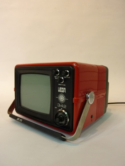 Red Portable Mini TV