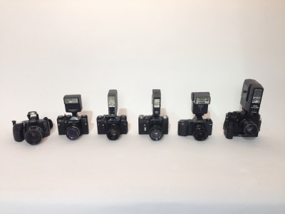 Paparazzi cameras with working flash units