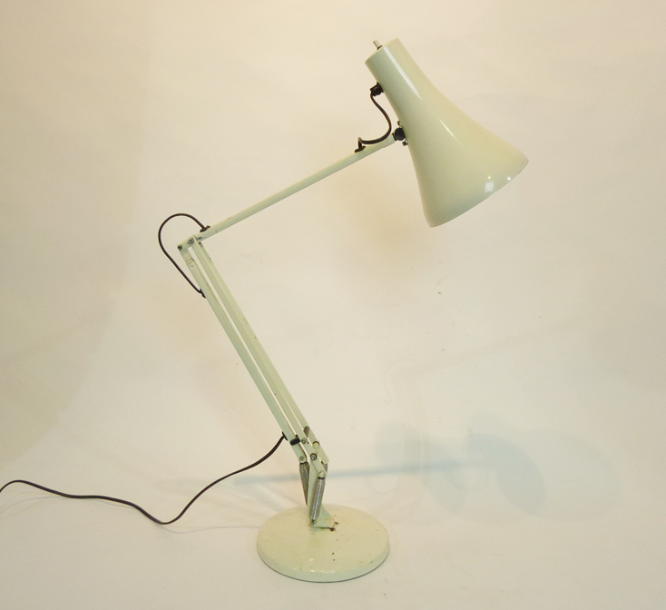 Wimbledon Stadium Lights: White Angle Poise Desk Lamp