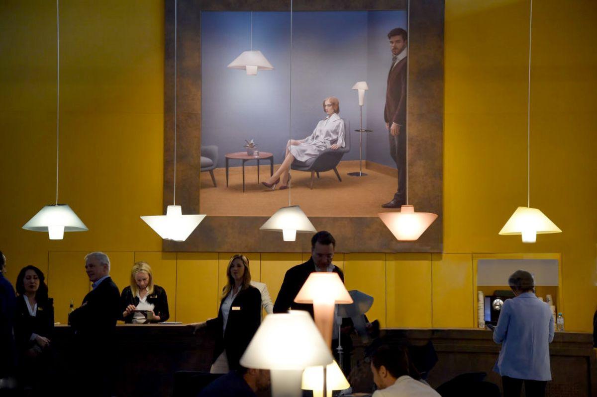 Wever and Ducré ha allestito un vero e proprio bancone bar dove offre birra belga ai suoi ospiti. Vuoi non condividere un selfie con il tuo drink in mano?