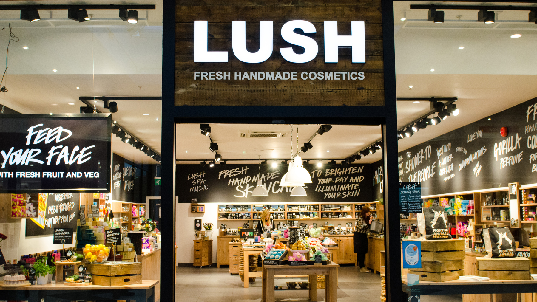 lush cosmetics pestel analysis Health spa pestle analysis - the pestle analysis then goes on to look at the economic impact on the health spa industry.
