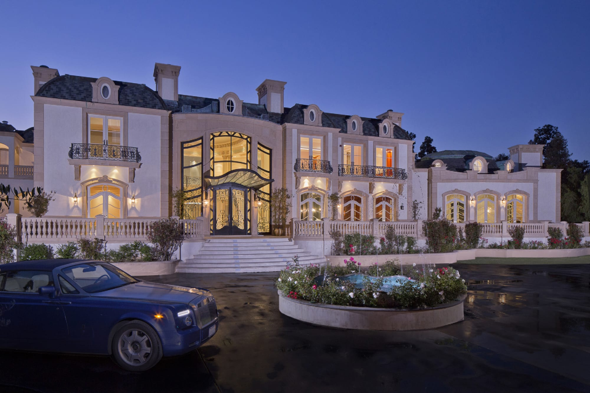 Jade mills beverly hills real estate agent luxury homes for Luxury homes for sale in beverly hills