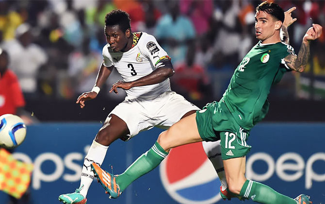 Gyan stops Algeria and pushes Ghana