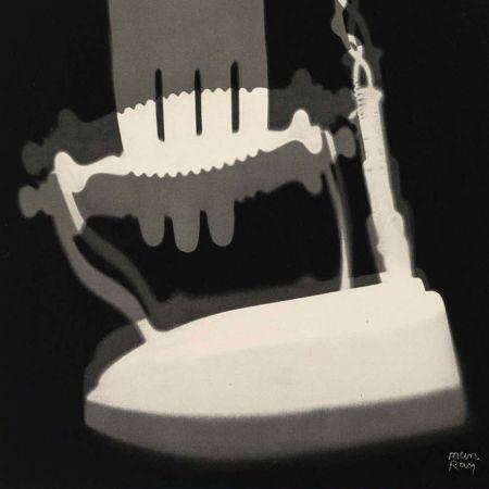 Man Ray's Electricité