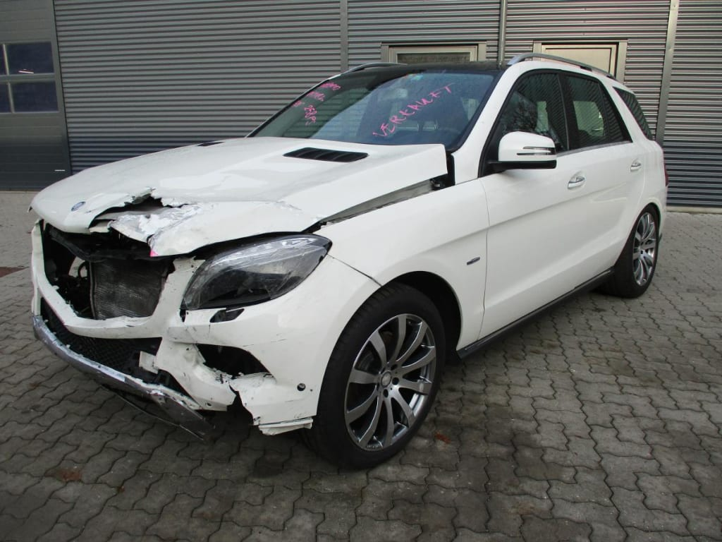 Mercedes 166 ML350 CDI 4 Matic BlueEFFICIENCY