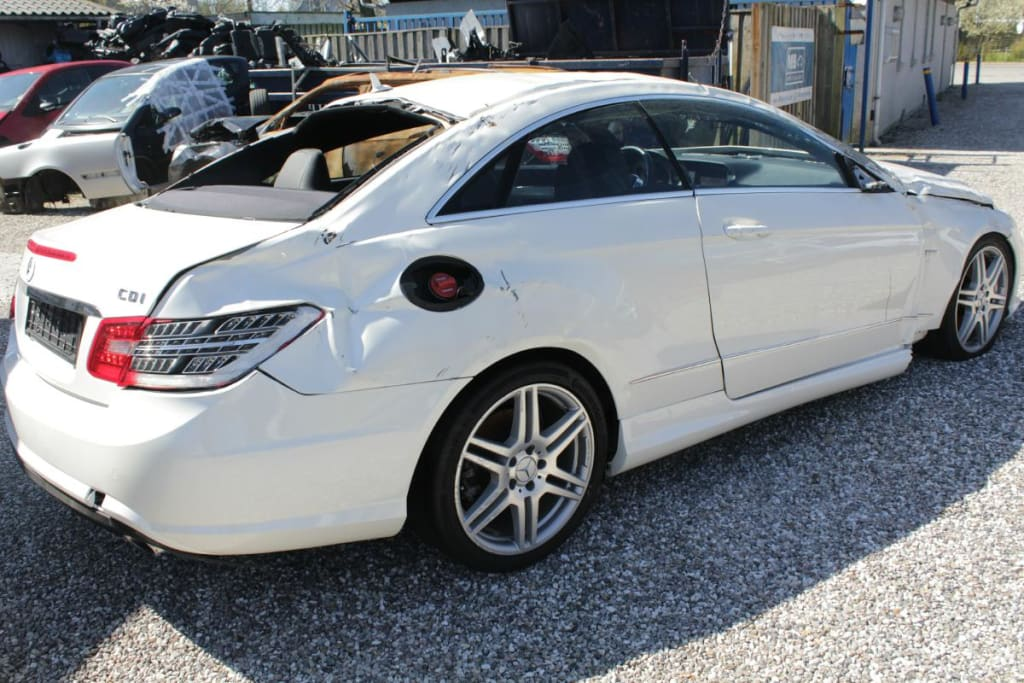 Mercedes 207 E350 CDI BlueEFFICIENCY