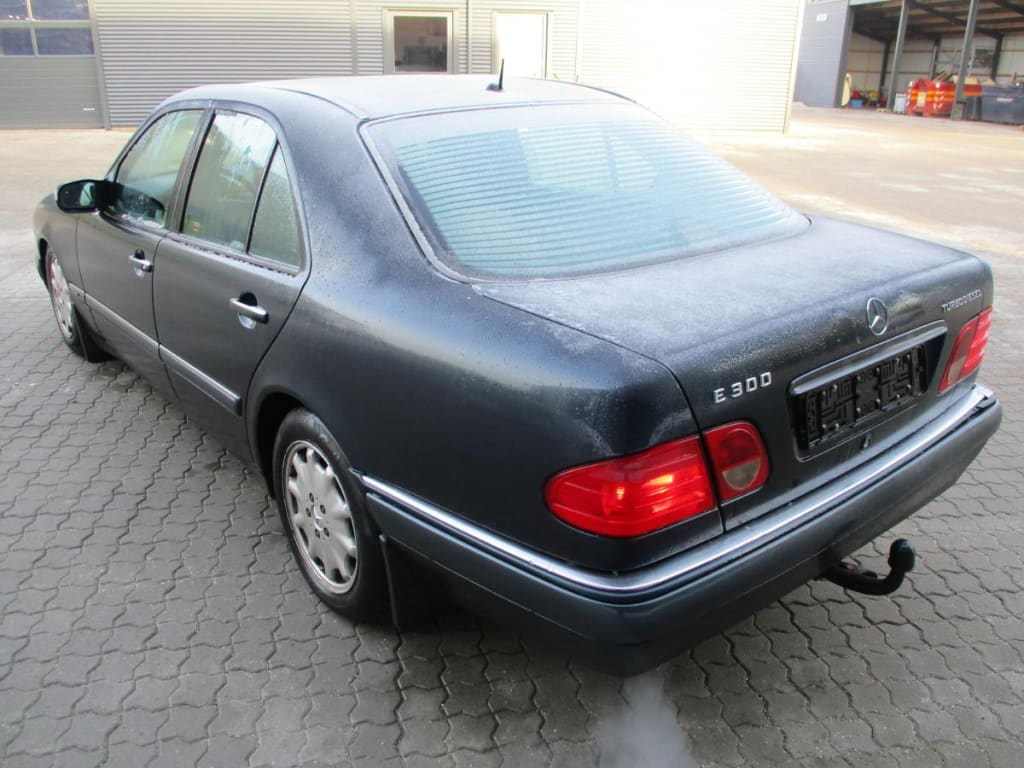 Mercedes 210 E300 Turbodiesel