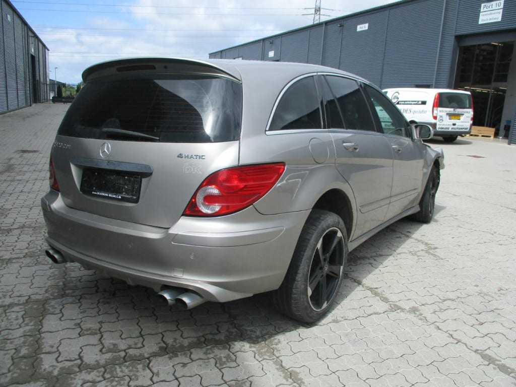 Mercedes 251 R320 CDI 4-Matic