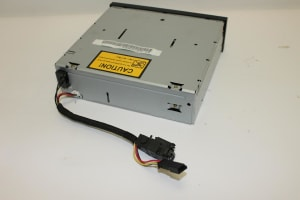 COMPACT DISC CHANGER