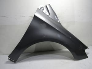 FRONT FENDER RIGHT