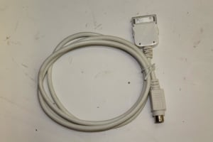IPOD CABLE DYNAVIN