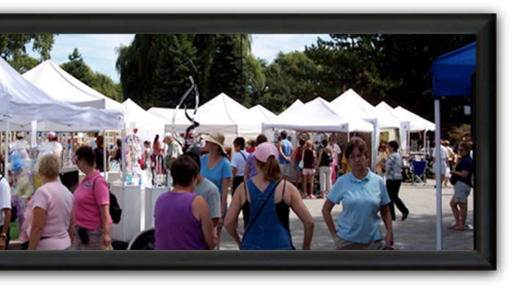 Keepsake collection arts and craft show michigan for Craft show in michigan