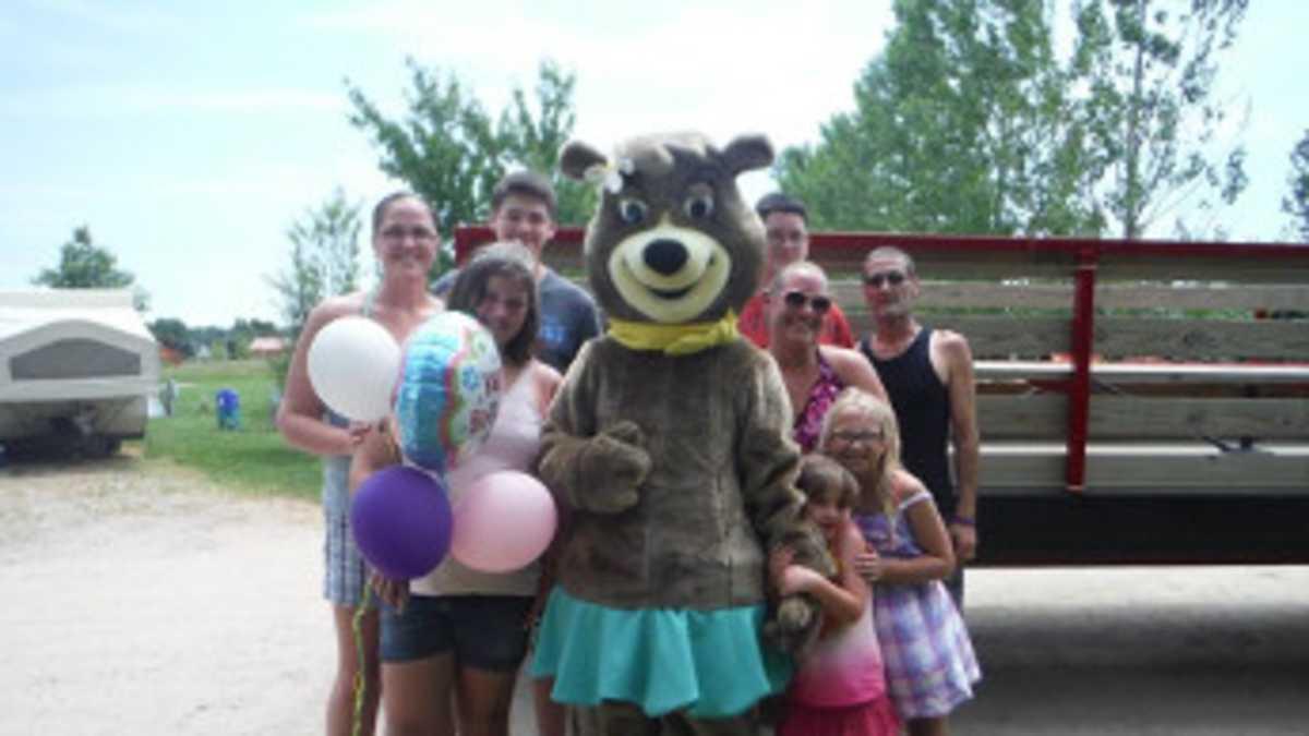 South Haven Yogi Bear S Jellystone Park Camp Resort Michigan