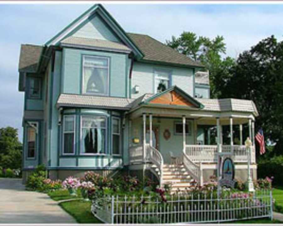 Bowers Harbor Bed And Breakfast Traverse City