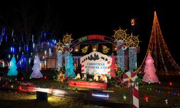 Crossett_Holiday_Lights_122015_ACH_9645.jpg