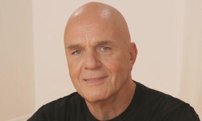 Rip wayne dyer self help pioneer passes away at 75 mindbodygreen