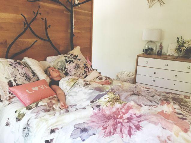 savasana - gerakan yoga sebelum tidur