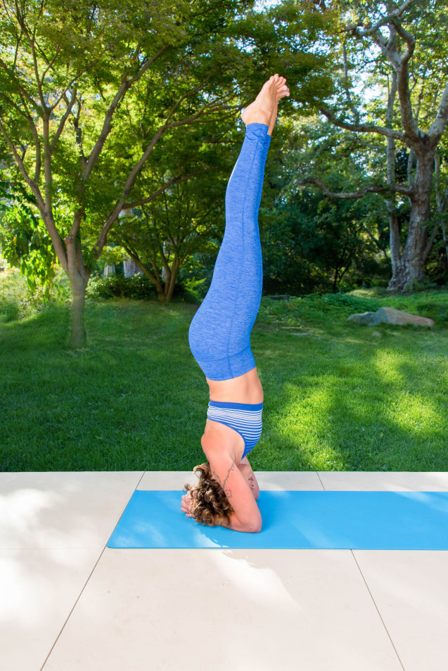 Yoga Poses  To Bring Focus To Your Morning