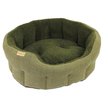 Earthbound Traditional Tweed Green Dog Bed