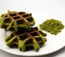 mr-waffle-mons-mocha-matcha