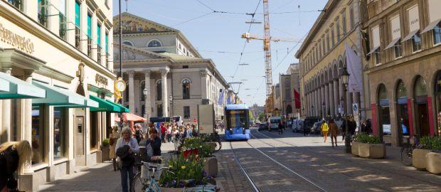 tram sightseeing m nchen mit der linie 19. Black Bedroom Furniture Sets. Home Design Ideas