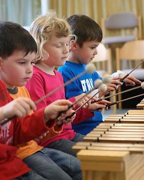 kurse-an-schulen-musikalische-früherziehung-2