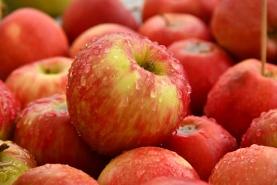 how apples help with acidity