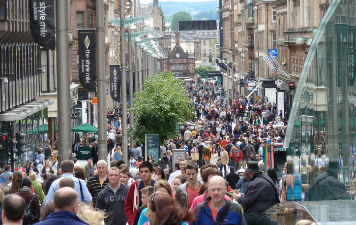 Shoppers on Glasgow's Style Mile