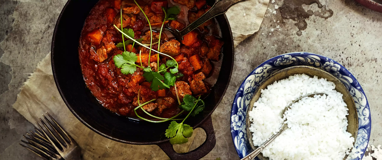 Husk å kjøle ned maten igjen raskt etter måltidet så det ikke blir bakterievekst. Særlig viktig er det at ris ikke blir stående ute på benken for lenge.