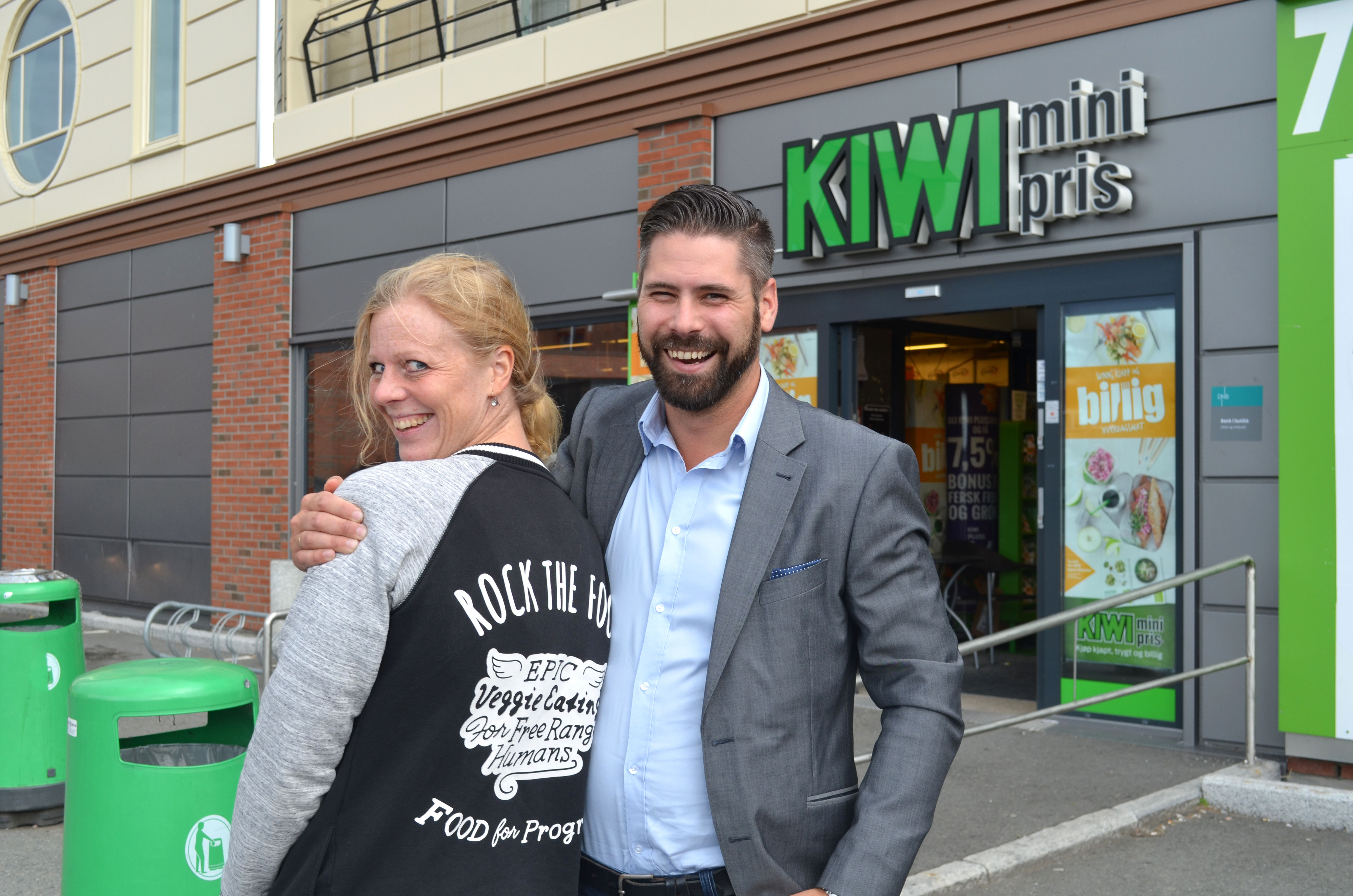 Gründer Anna-Kajsa Lidell og salgssjef Carl Montelius i Food for Progress gleder seg til å introdusere Oumph! for det norske markedet.