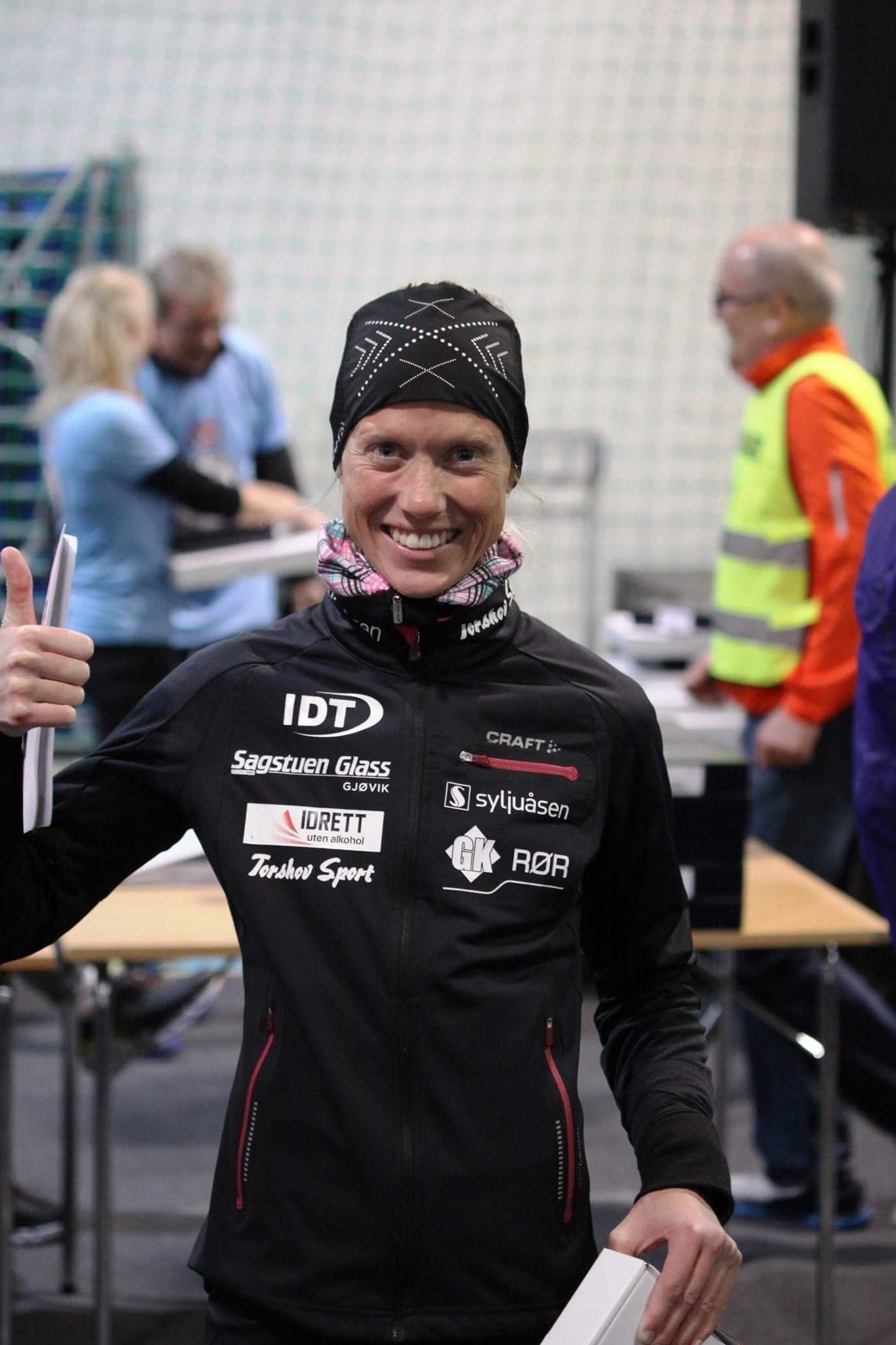 Marthe Katrine Myhre er en norsk triatlonutøver, og løper ute uansett vær og føre.