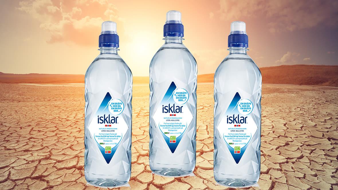 For hver flaske Isklar vann som selges i KIWI, doneres det 2 kroner til UNICEF og KIWIs vannprosjekt på Madagaskar.