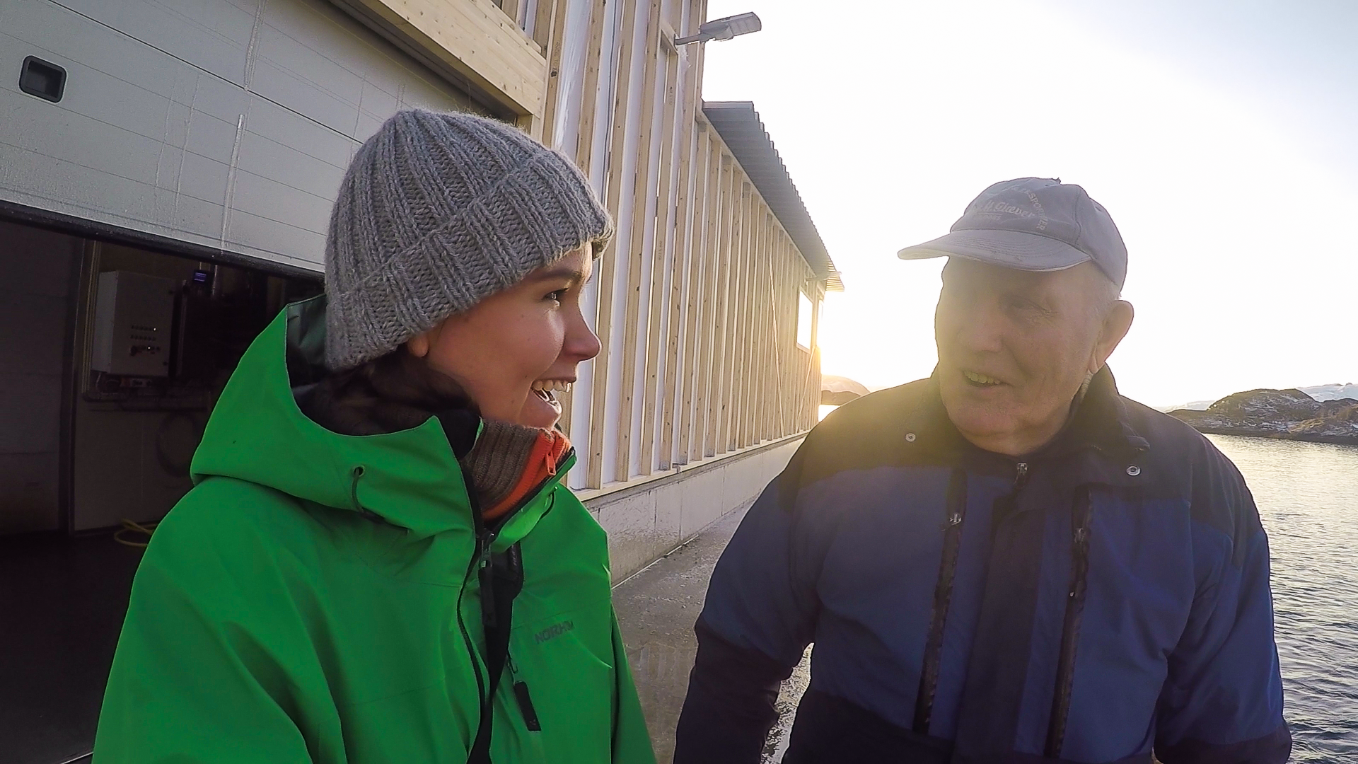 Øyas eldste fisker, Svein, mener kamera bør byttes ut med båt.