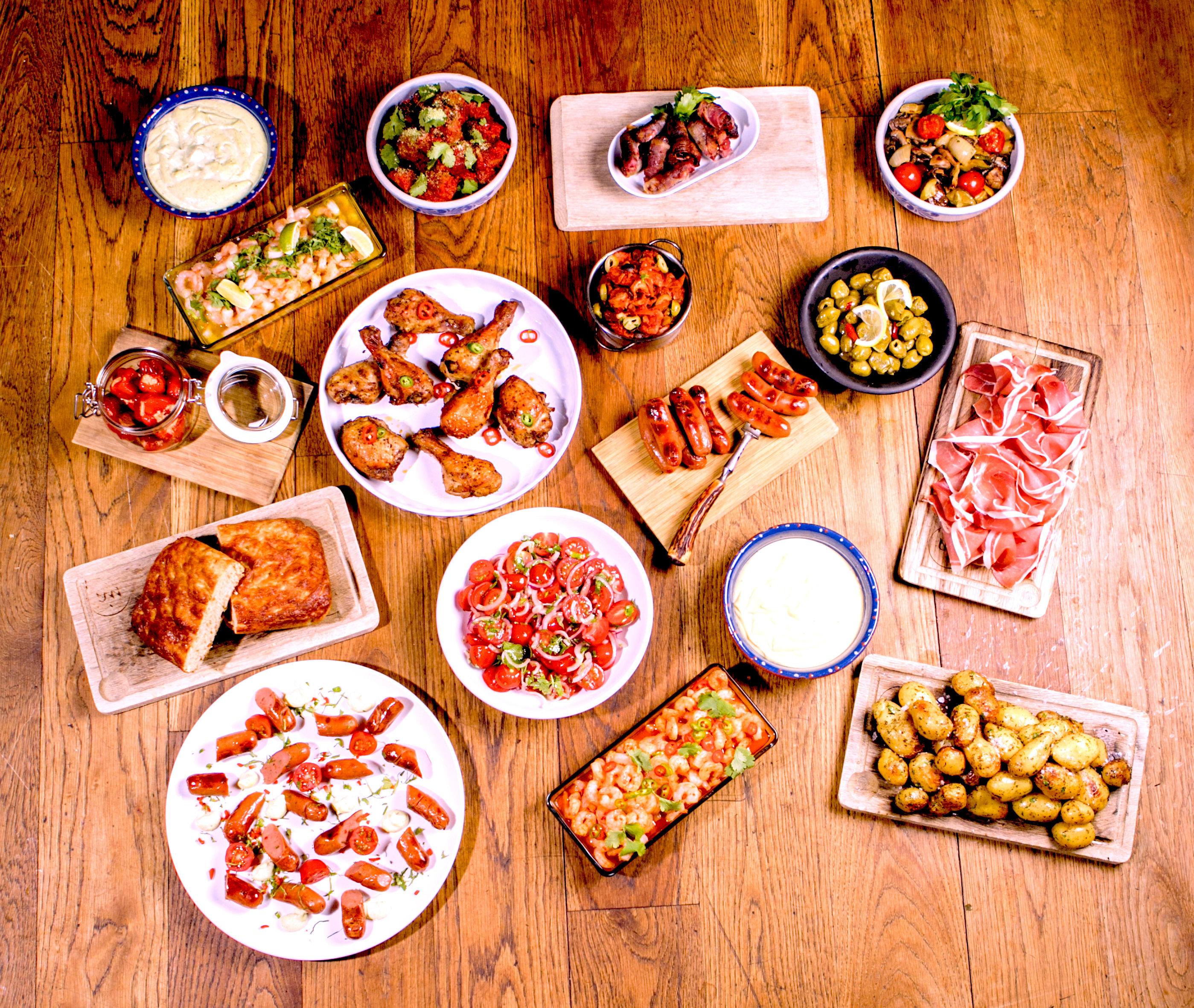 Er du klar for å bytte ut tacoen med tapas? Eller kanskje du vil innføre tapas-torsdag i stedet, det tar jo bare 15 minutter å gjøre klar middagen!