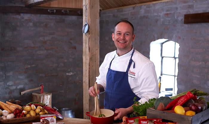 Kokk og produktutvikler Jarle Nygaard i TORO har vært med på å utvikle Smaksrike baser.