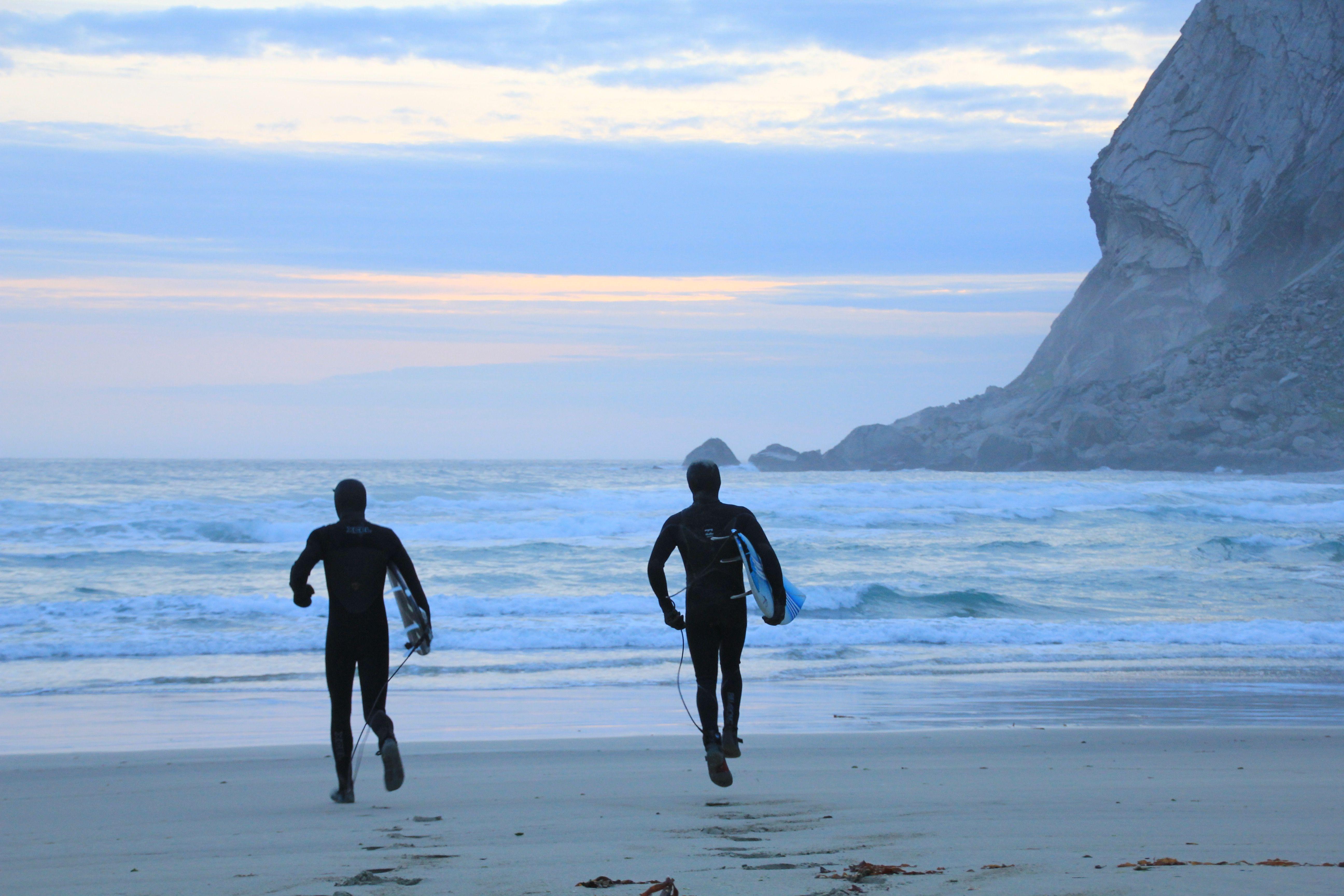 Alltid tid til en tur ut med surfebrettet.