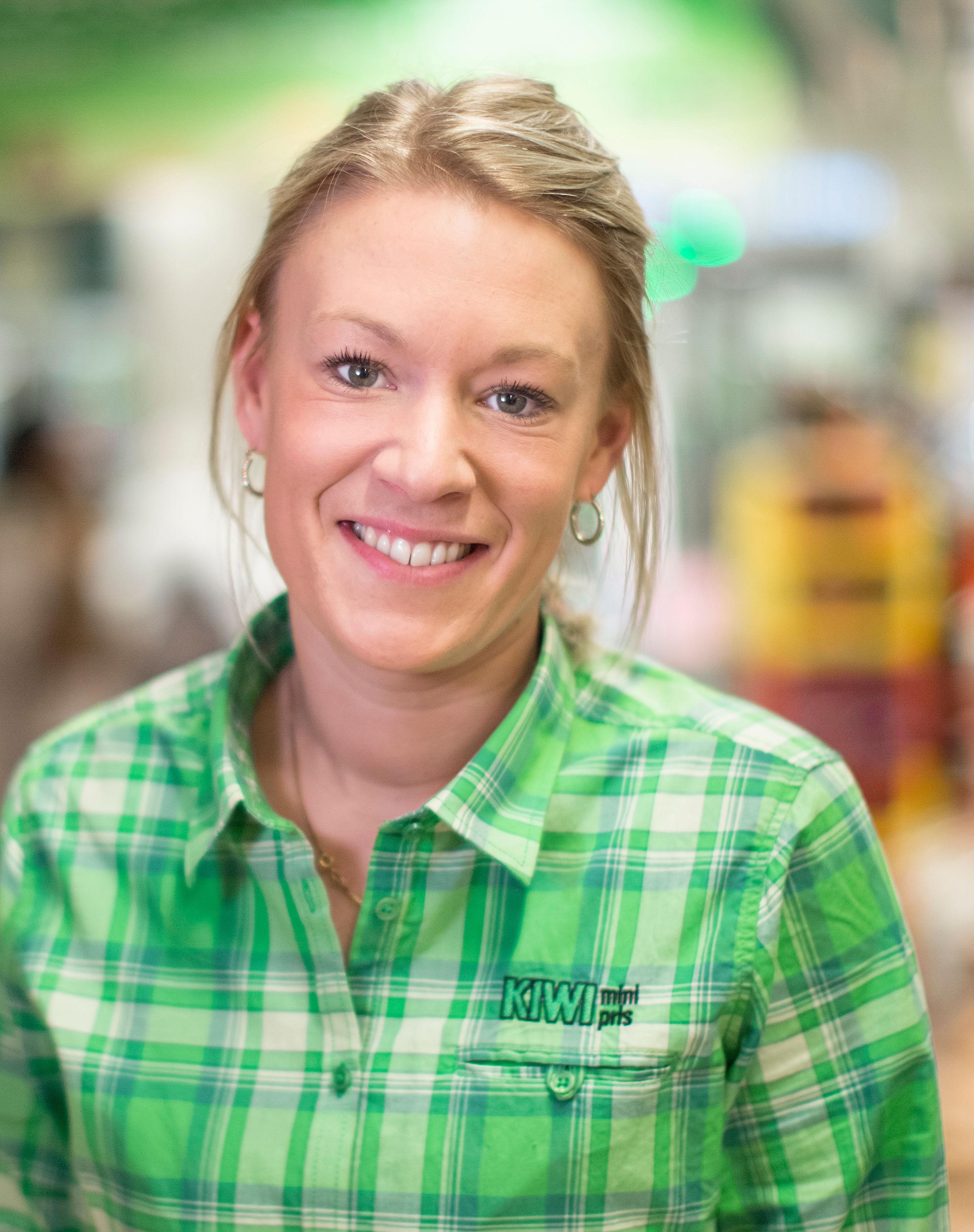 Butikksjef Heidi Ibenholt.