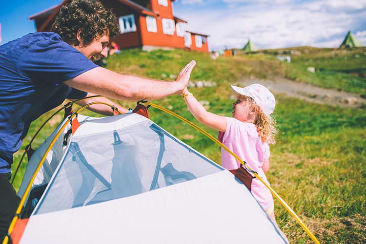 DNT har supre turer for både store og små. Foto: Marius Dalseg Sætre