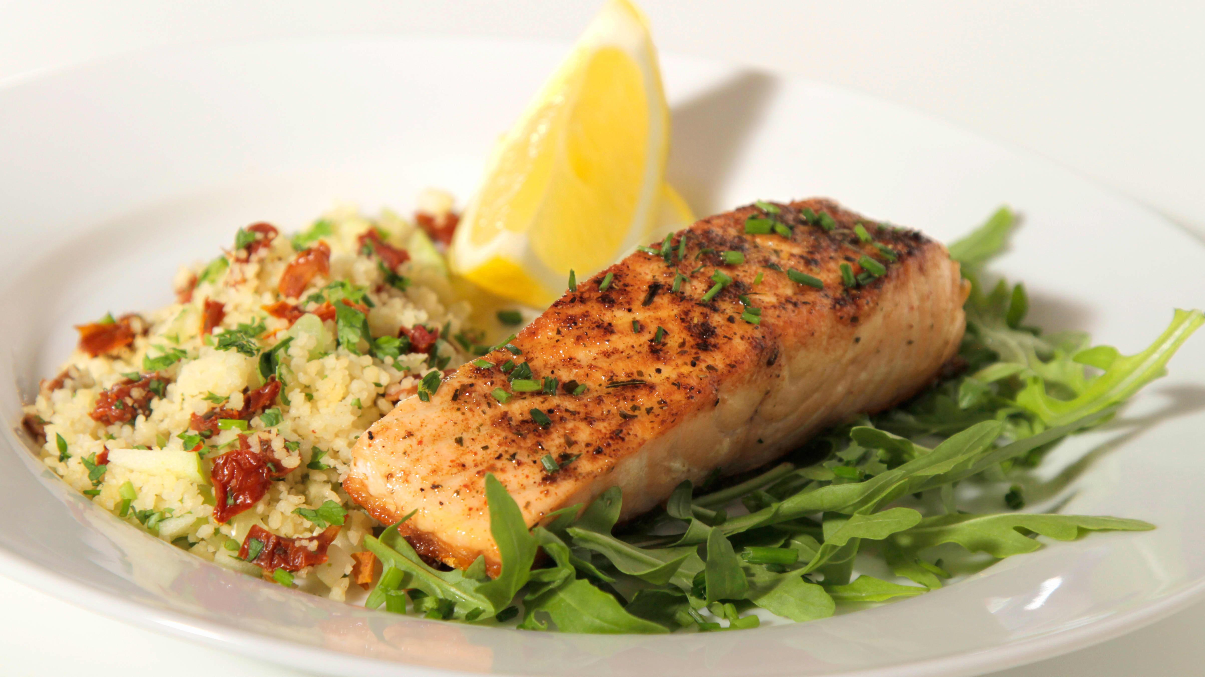 Ifølge de kostrådene bør vi spise fisk to til tre ganger i uken. Bruk gjerne fisk som pålegg også.