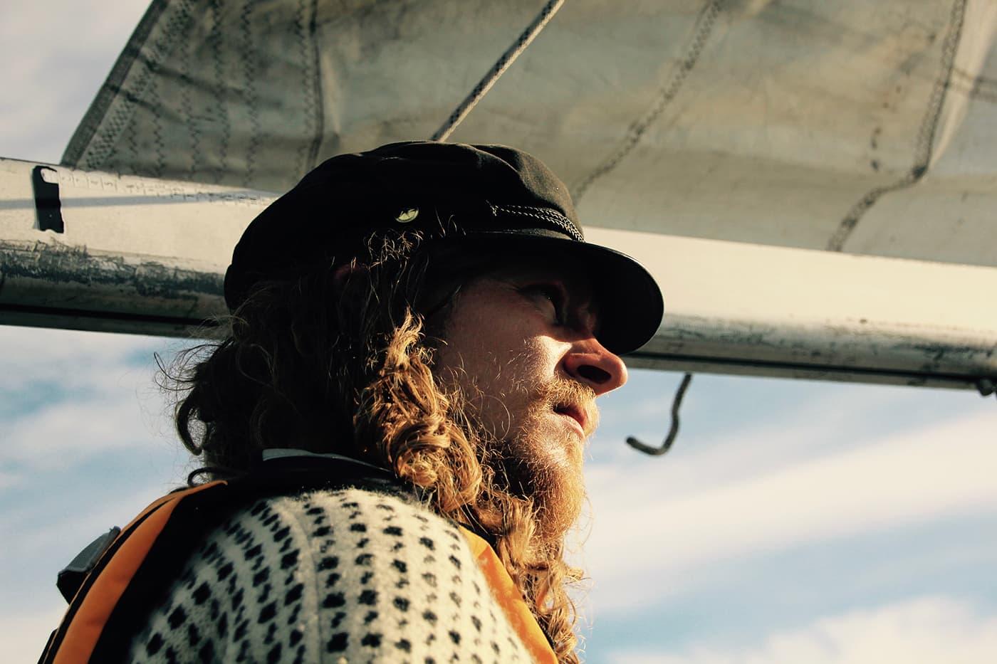 Kaptein Niklas Alexander under bommen på Noranvind.