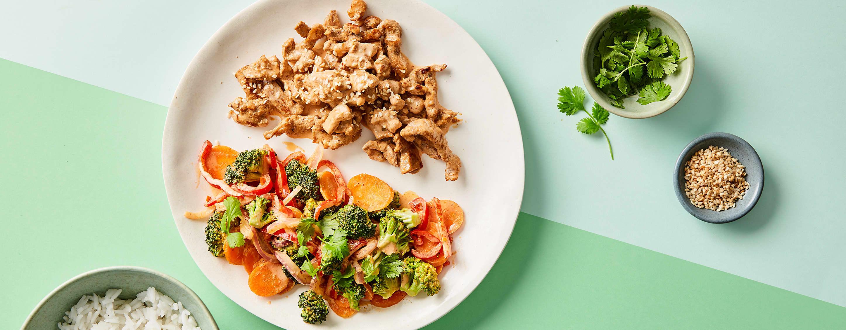 Middag for én: Wok med grønnsaker og strimlet svinekjøtt