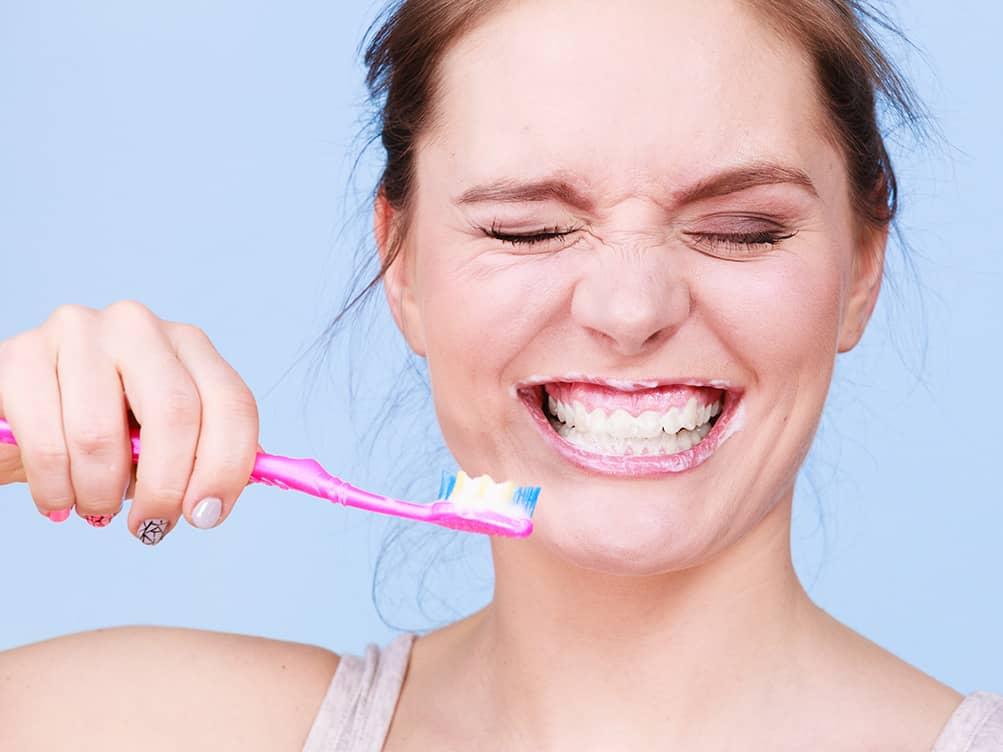 PUSS PUSS: Du trenger ikke kjøpe ny tannbørste selv om du har vært syk