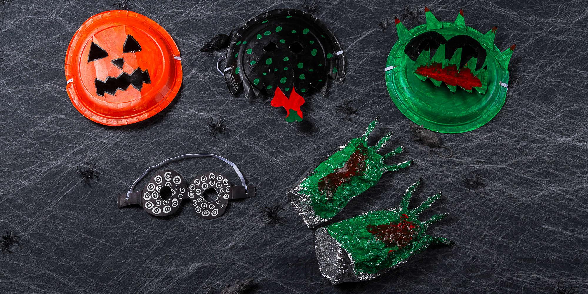 MASKER: Med papptallerkener, saks og litt maling kan man lage sine egne masker.